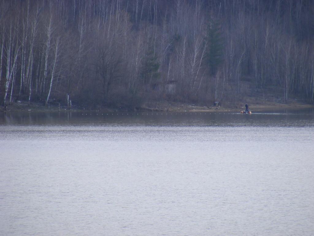krivolov-jezero-gradina-433434