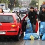 Bacanje smeca u Oskovu