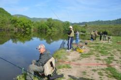 Detalj sa jucerasnjeg takmicenja Sarajevskih ribara na jezeru Starača Foto I. BAJROVIC
